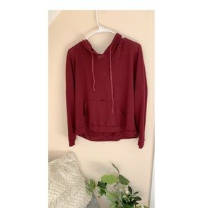 Maroon pull over